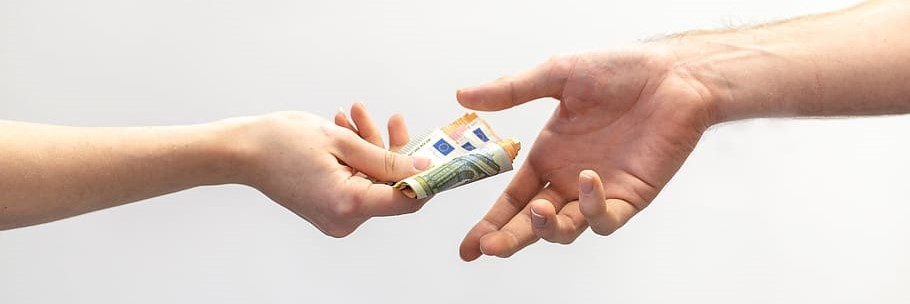 Can I pay employees more in Horizon Europe projects?